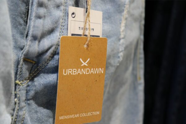diseño de etiquetas para ropa