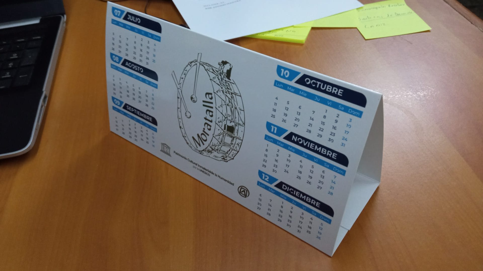 calendario de mesa personalizado barato